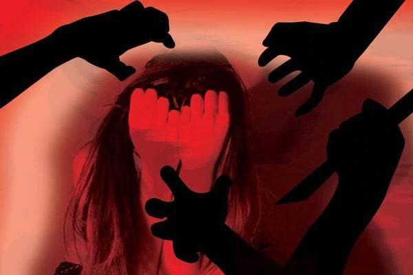 9 Year Old Uri Girl Raped Before Murder - Sakshi
