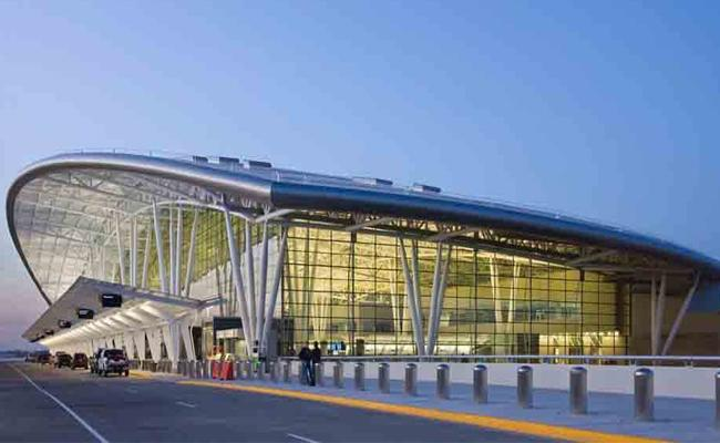 Boarding Pass Will Be Face At Bangalore Airport - Sakshi