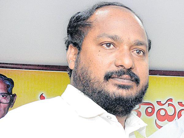 Why not making reservation in legislatures? - Sakshi