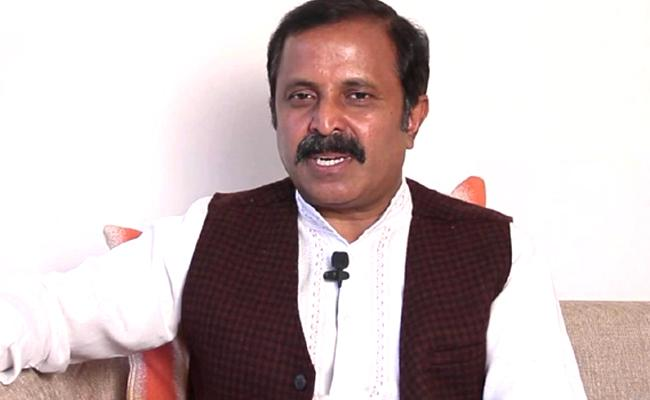 Congress Leader Madhu Yashki Goud Fires On KCR - Sakshi