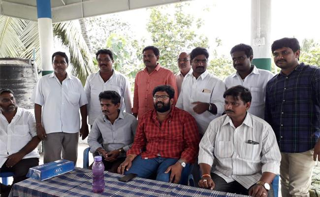jakkampudi Raja Warning To TDP Party East Godavari - Sakshi