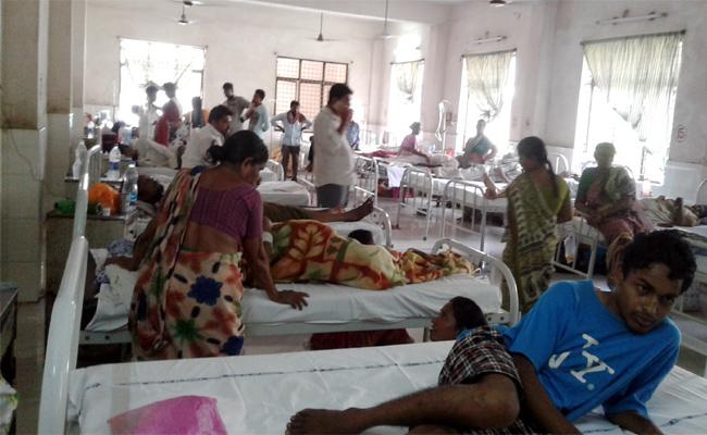 People Suffering With Fever Attacks In Krishna - Sakshi