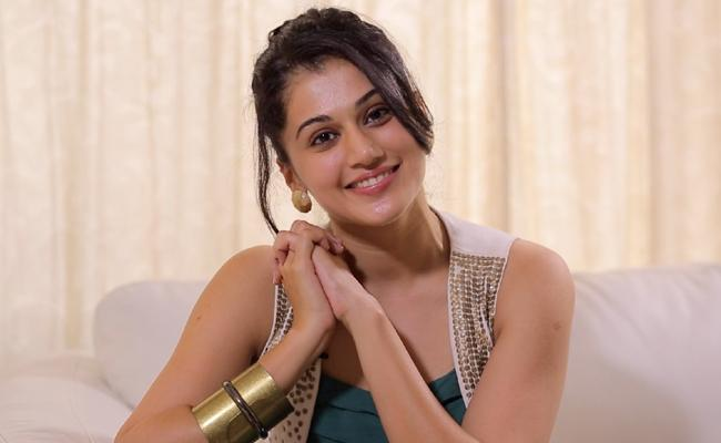 Actress tapsee pannu Comment on commercial Movies - Sakshi