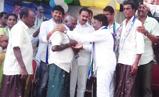 TDP Leaders join In YSR CP In West Godavari - Sakshi