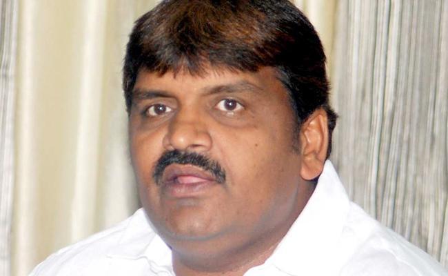 CM KCR Shocks Bonthu Ram Mohan - Sakshi