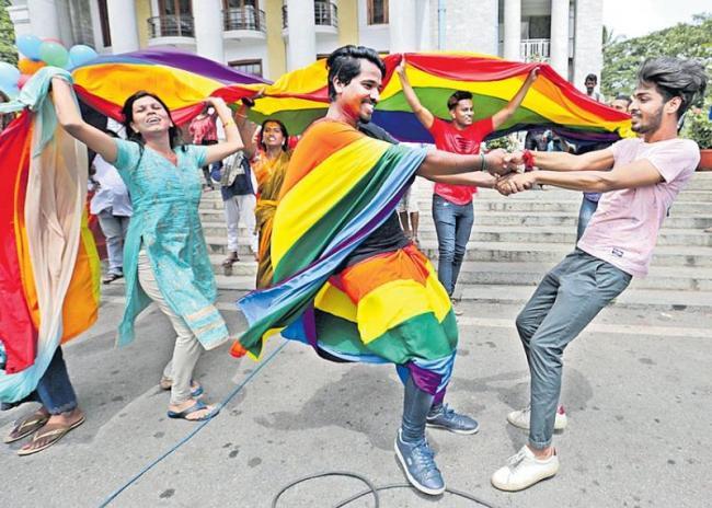 Supreme Court Ends Section 377 Decriminalising Homosexuality - Sakshi