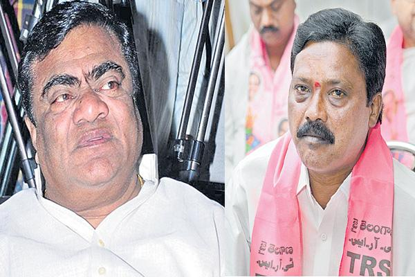 Change of candidates in adole and chennur - Sakshi