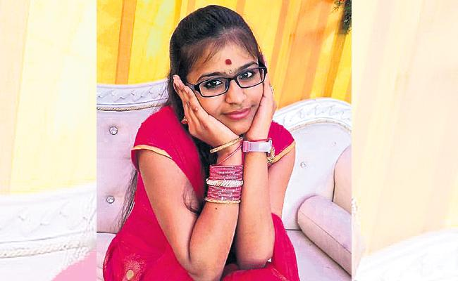 Student Died With Dengue Fever In hyderabad - Sakshi