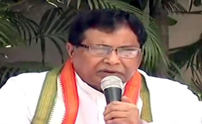 Congress Leader Jana Reddy Slams Kcr Over Pre Elections - Sakshi