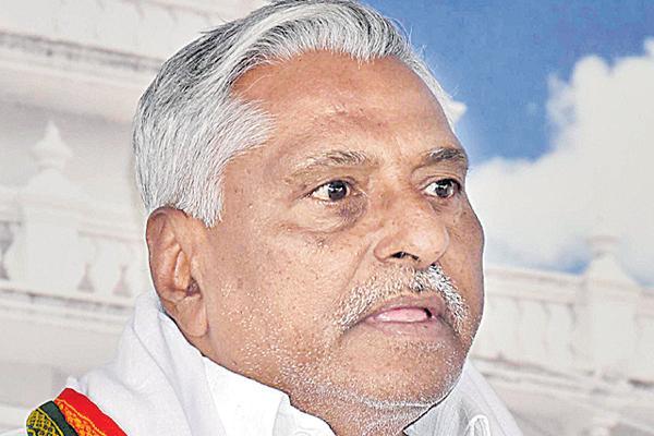Jeevan reddy commented over kcr - Sakshi
