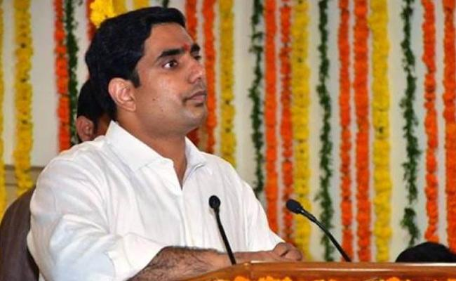 Nara Lokesh Comments On KCR In Amaravati - Sakshi
