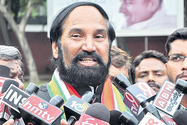 Uttam kumar reddy commented over kcr - Sakshi