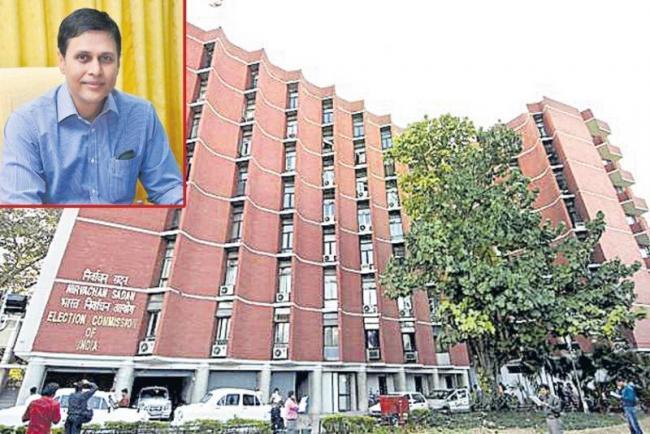 Chief Electoral officer Rajat Kumar speaks to media - Sakshi
