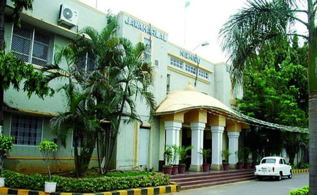 Commissioner Neglect On Corporaters Complaints krishna - Sakshi