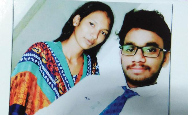 Woman Complaint On Husband Cheating - Sakshi