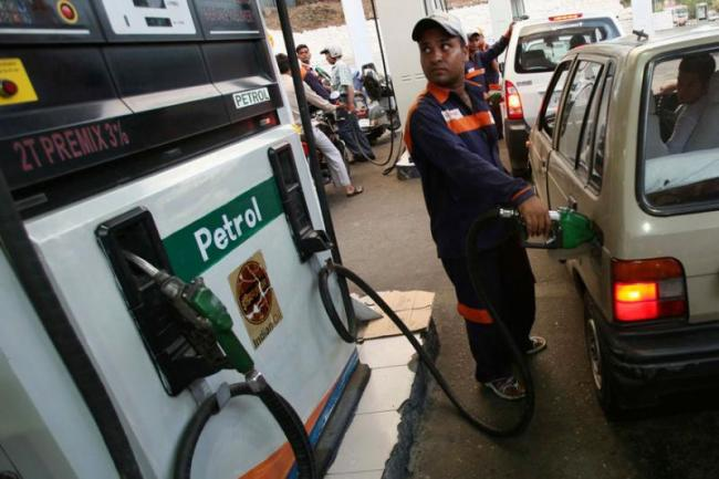 Petrol Breaches Rs 80 Mark In Delhi; Relief On The Cards This November - Sakshi