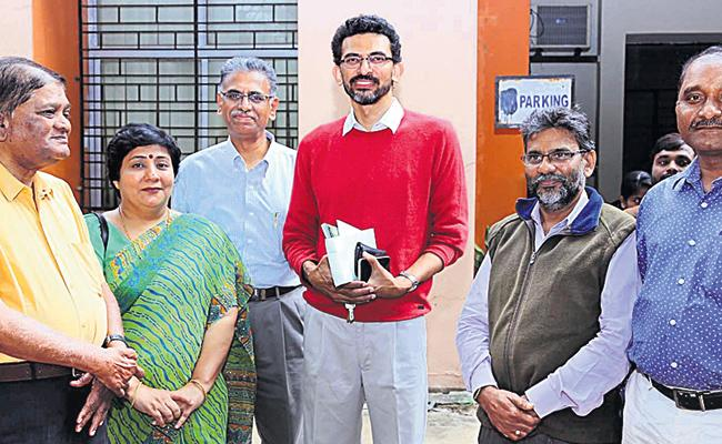 Shekar Kammula in HCU Hyderabad - Sakshi