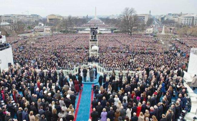 Photographer Says He Edited Trump Inauguration Pictures Intentionally - Sakshi