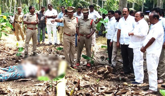 Brutal Murder YSR CP leader In East Godavari district - Sakshi
