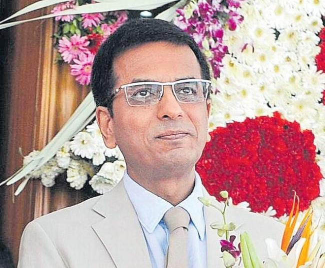 Justice DY Chandrachud criticises govt for leaving colonial - Sakshi