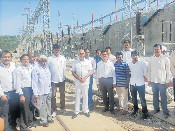 Pulichintala power plant is dedicated to the nation - Sakshi