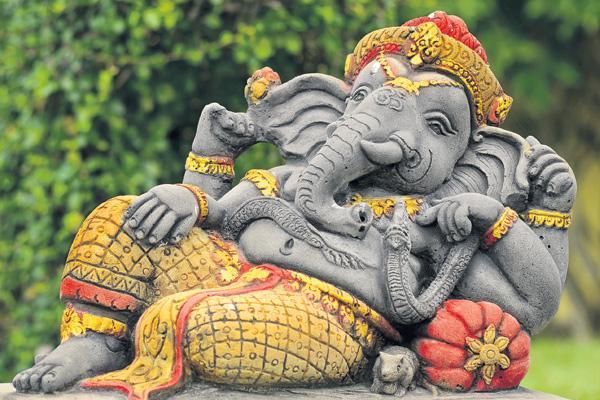 Vinayakachavithi on 13th  - Sakshi