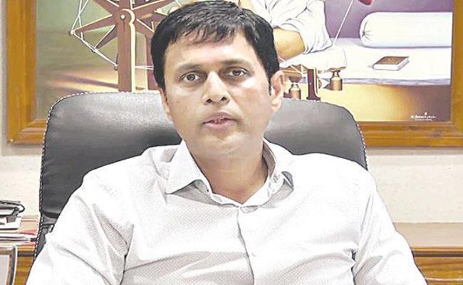 Central Election Commission Team Will Visit Telangana - Sakshi