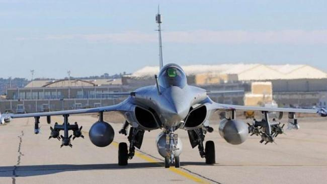 Dassault Says Freely Chose Reliance Defence In Rafale Deal - Sakshi