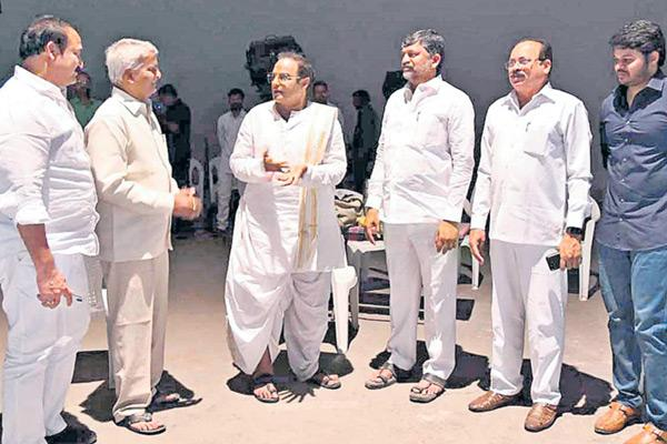 Balayya to Campaign for TDP in Telangana? - Sakshi