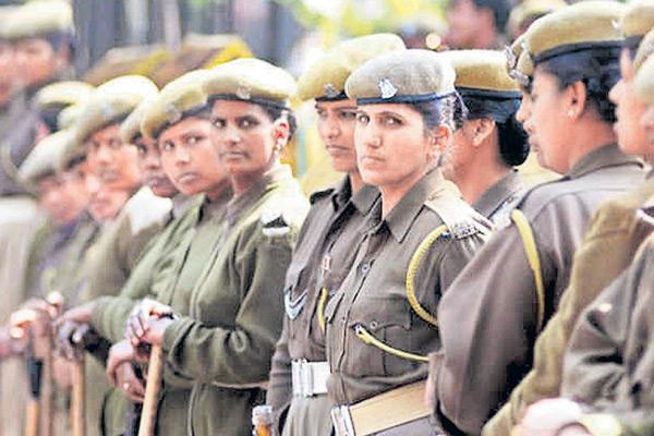 Police Volunteer System for crime control on womens - Sakshi
