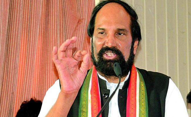TPCC Chief Uttam Kumar Reddy Chit Chat With Media - Sakshi