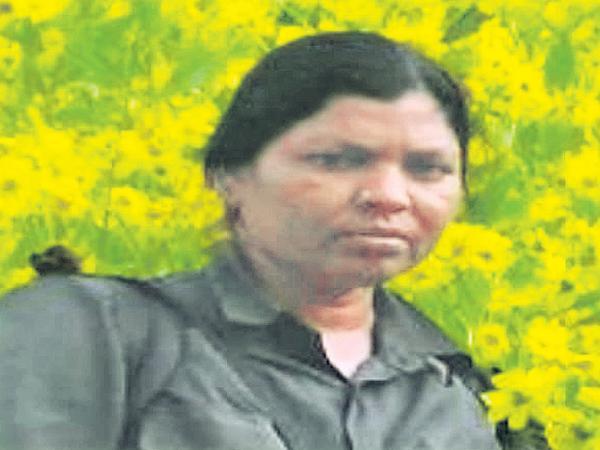 Maoist Meena killed in police firing at AOB - Sakshi