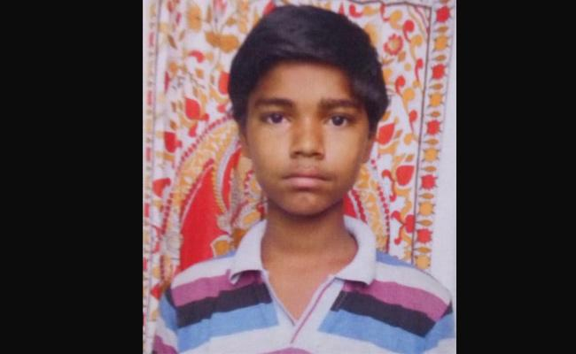 9th class student committed suicide in kurnool district - Sakshi