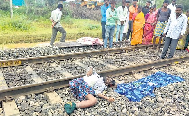 Disabled Man Suicide By Jumping In Front Of Train In Siddipet - Sakshi