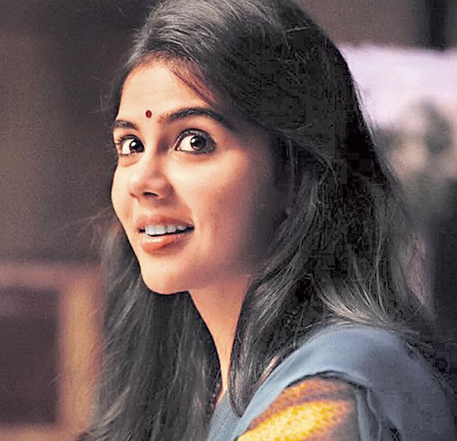 Kalyani Priyadarshan signs her next Telugu film - Sakshi