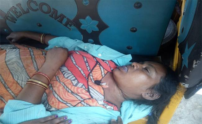 Titli Cyclone To Women Suicide In Srikakulam - Sakshi