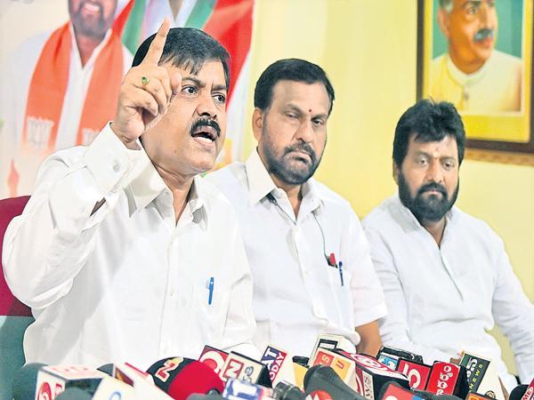 GVL Narasimha Rao comments on Chandrababu and CM Ramesh - Sakshi