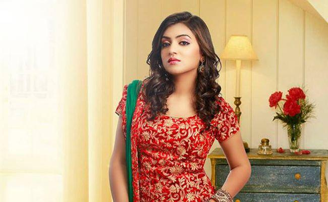 Nazriya Nazim To Come Back With Pink Remake - Sakshi
