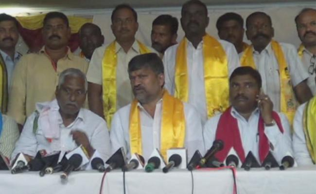 TDP President L Ramana Comments On KCR - Sakshi