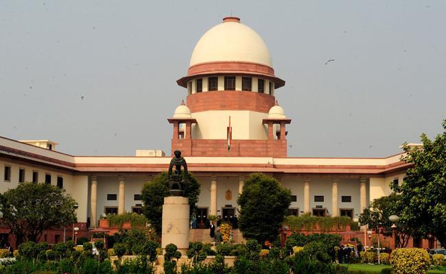 Supreme Court Declines Urgent Petition On Metoo - Sakshi
