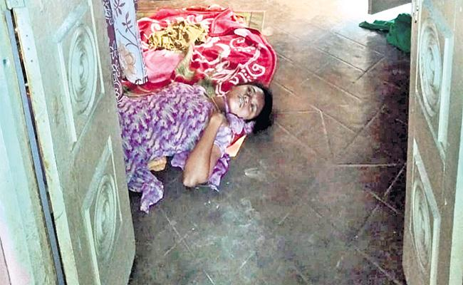 Young Woman Commits Suicide Husband Harassments - Sakshi