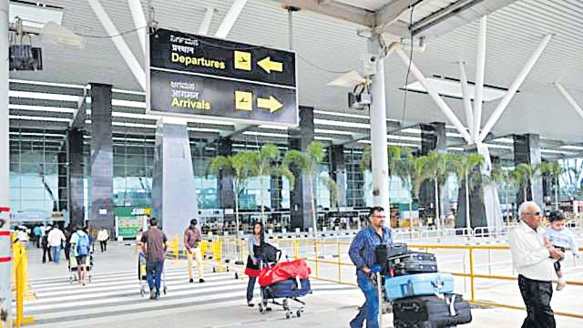 Domestic air passenger traffic rises 19% to 114 lakh in September - Sakshi