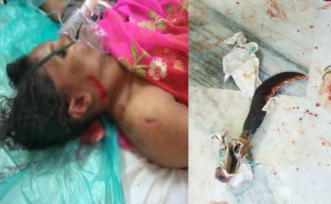 Husband Knife Attack On Wife in Prakasam - Sakshi