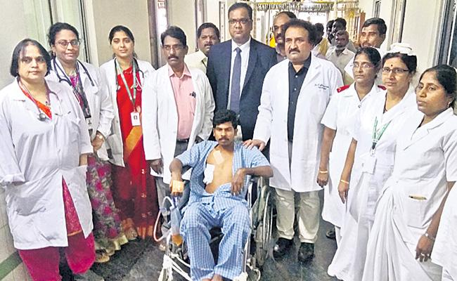 Gandhi hospital Doctors Performs Rare Surgery - Sakshi