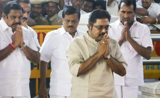 Editorial On Present Uncertainty Politics In Tamil Nadu - Sakshi