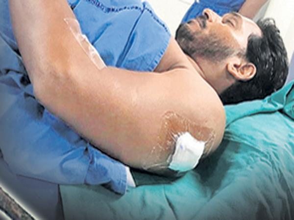 Murder Attempt On YS Jagan Mohan Reddy Says Police Report - Sakshi