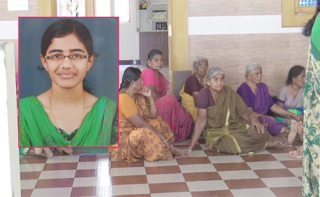 Tamil Nadu Student Commits Suicide in Delhi  - Sakshi
