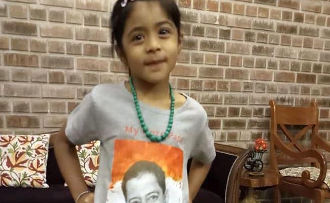 Major Akshay Girish Daughter Receive Wishes From Strangers - Sakshi