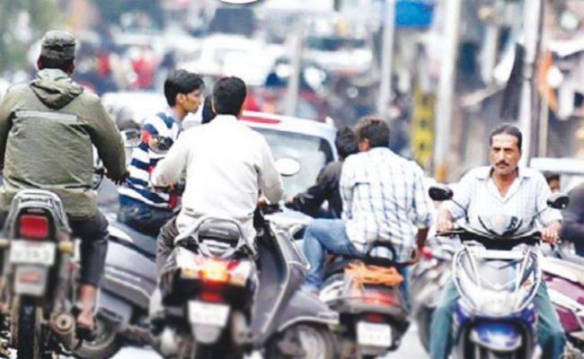 Traffic Rule break In krishna - Sakshi