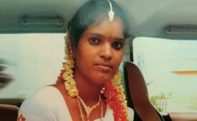 Married Woman Suspicious death In Visakhapatnam - Sakshi